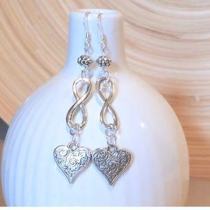 Jewelry - Infinity and heart earrings